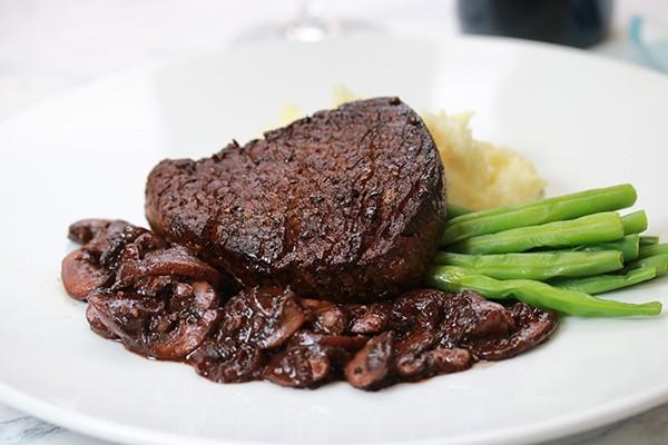 Fillet Steak with Red Wine & Mushroom Sauce